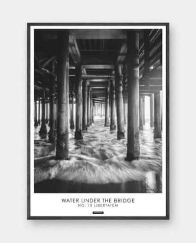 sort-hvid-plakat-vand-bro-libertatem-570x708px
