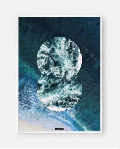 Between Two Seas er et fotokunst motiv i hvid billedramme