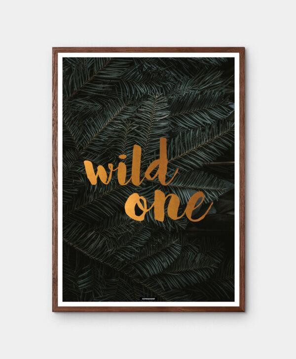 Wild One plakat med mørk egetræ ramme